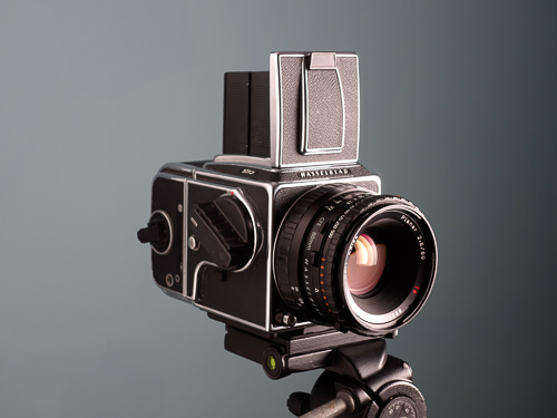 Hasselblad 501 CM with CFE Planar 80mm f/2.8 Carl Zeiss lens  Copyright © 2014 Gonçalo Martins