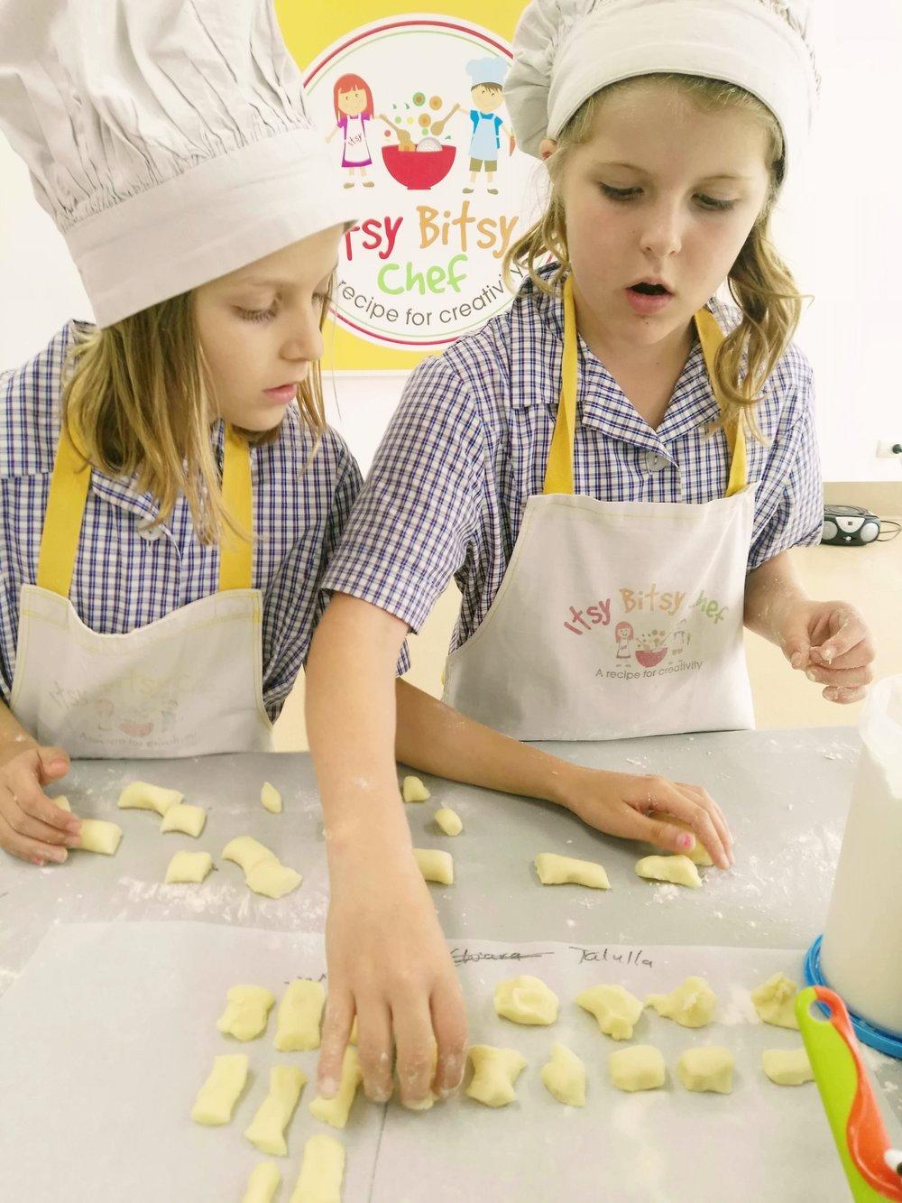 makinggnocchi.jpg