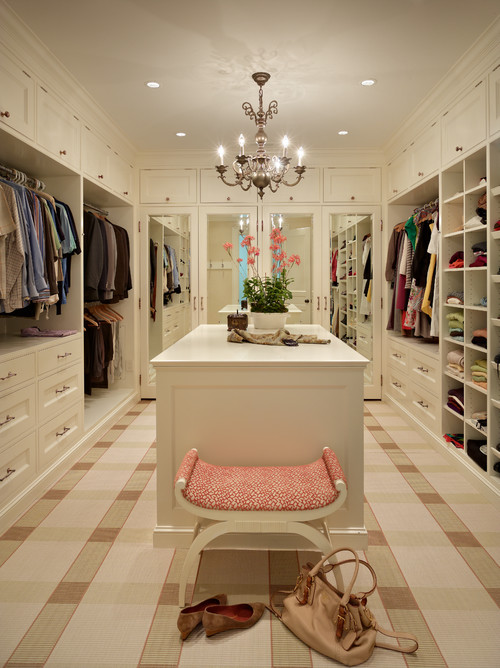 traditional-closet-1.jpg