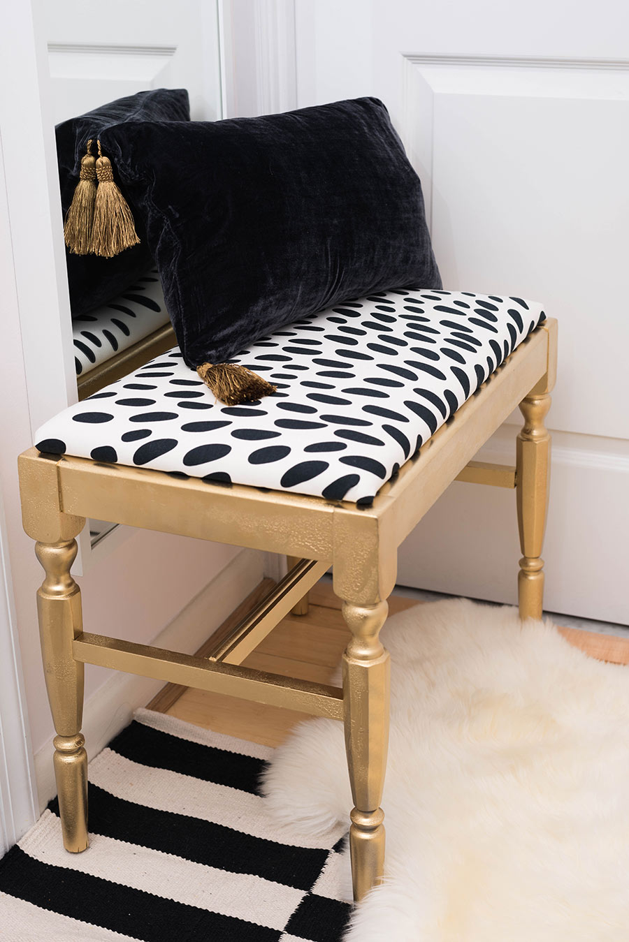 Bench - DIY w/IKEA fabric
