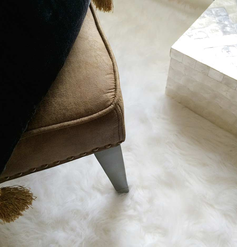 leather-office-chair-white-fluffy-rug