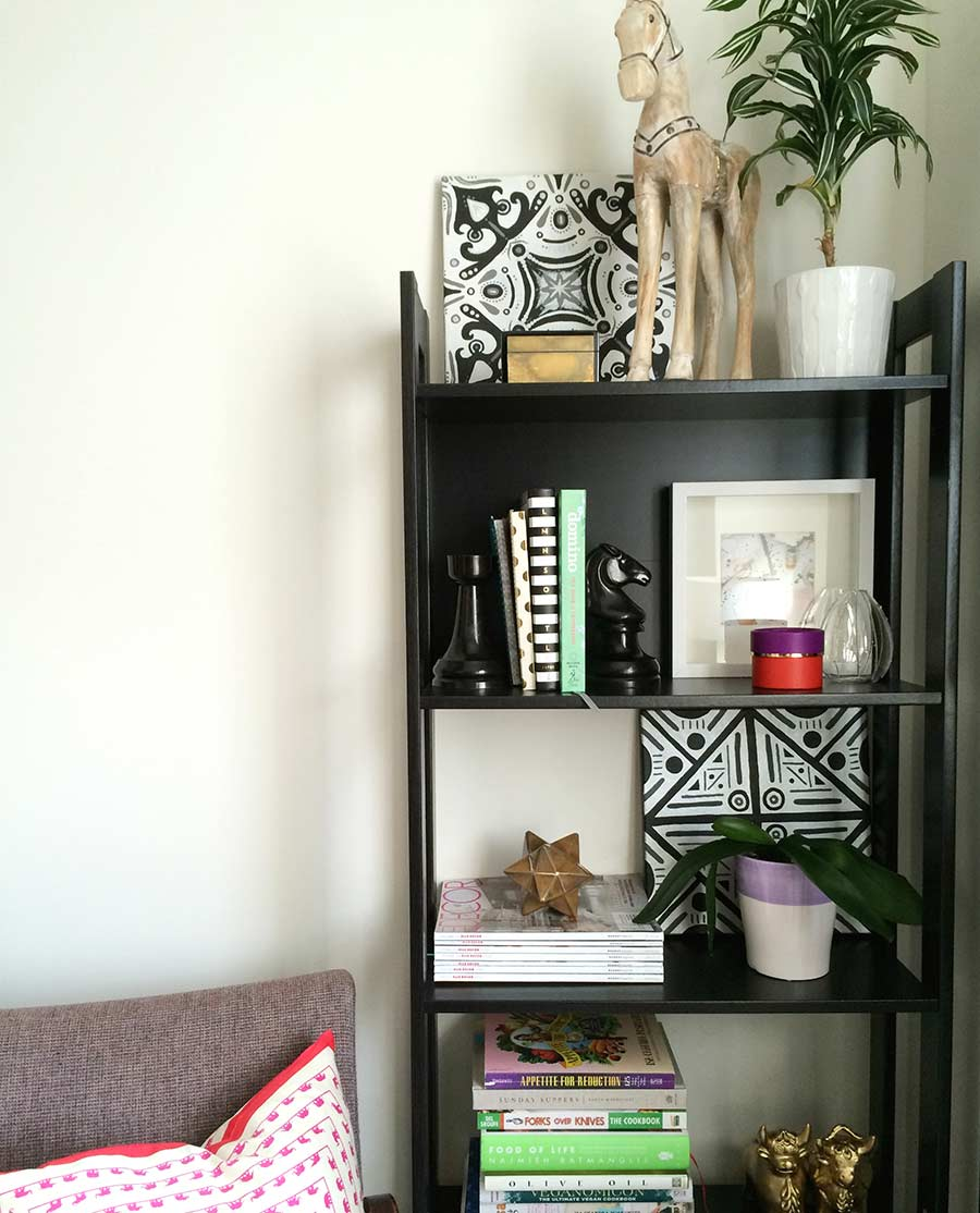 book-shelves-home-office-splendor-styling-display-favorite-items