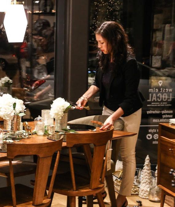 splendor-styling-westelm-dc-holiday-table-set-up-decor-hostess.jpg
