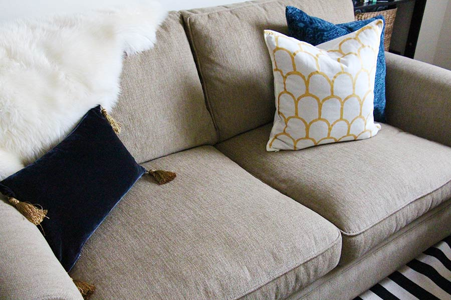 Easy Styling Pillows Pillows Welcome Splendor Styling