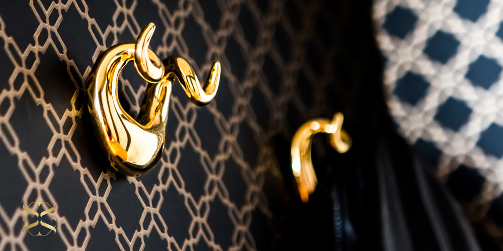 gold-glam-wall-hooks-home-decor-wallpaper-chic.jpg