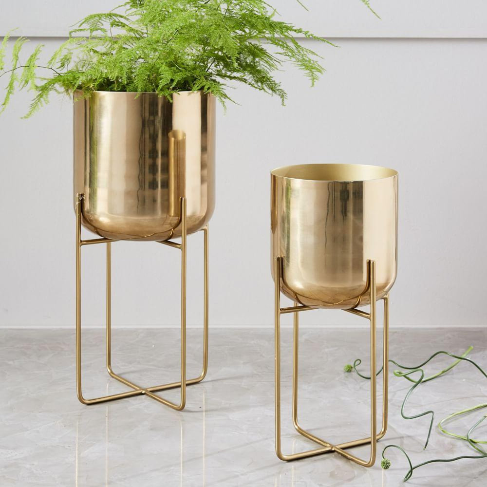 spun-metal-standing-planters-d4438-z.jpg