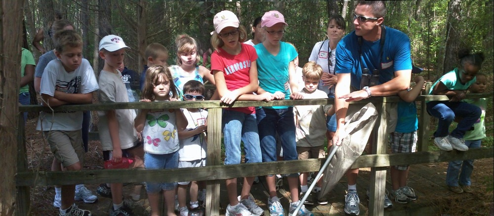 Sharing the magic of nature with the next generation of conservationists. (Photo courtesy Donna Douglas)