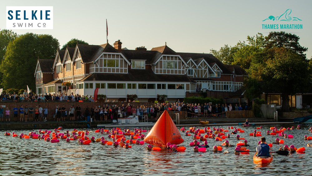 Lining up at the start. The race starts in the same place as the Henley Classic; on of the most prestigious rowing events in the world, dating back to the 1830's.