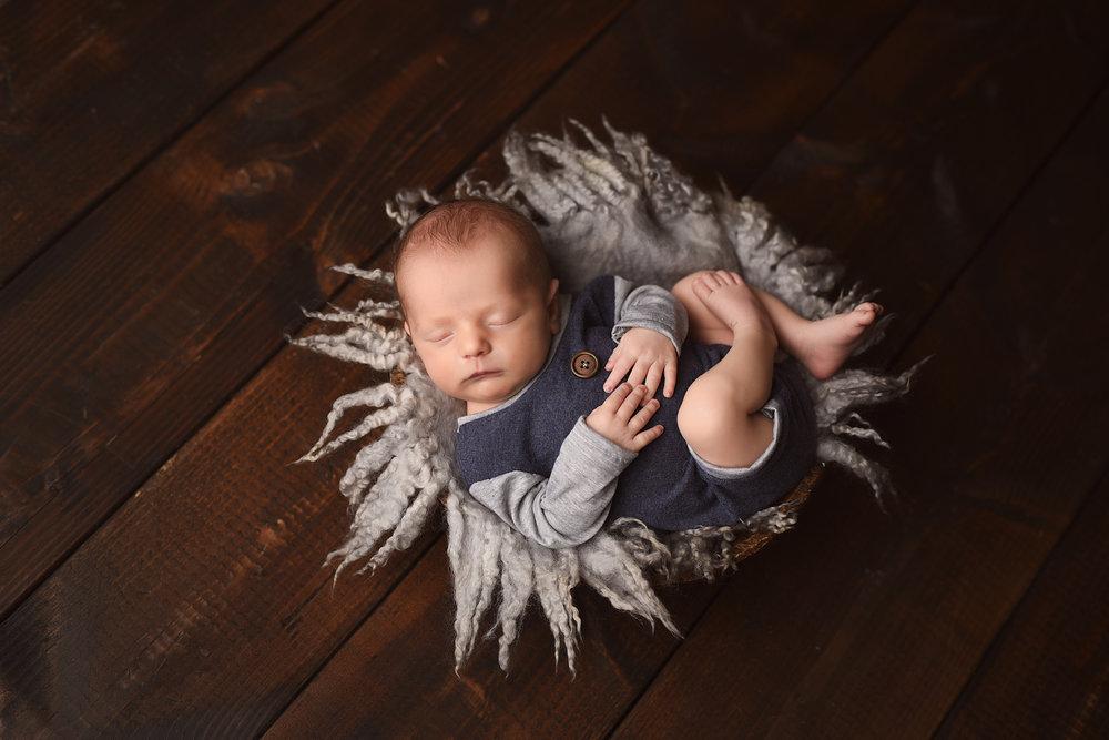 Baird-newborn-25.jpg