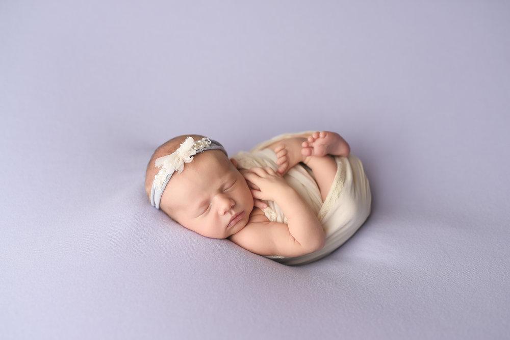 Ress-Newborn-3.jpg