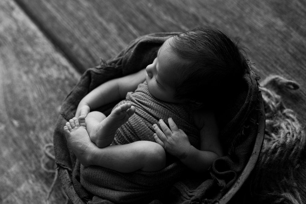 Ljunggren Newborn-25.jpg
