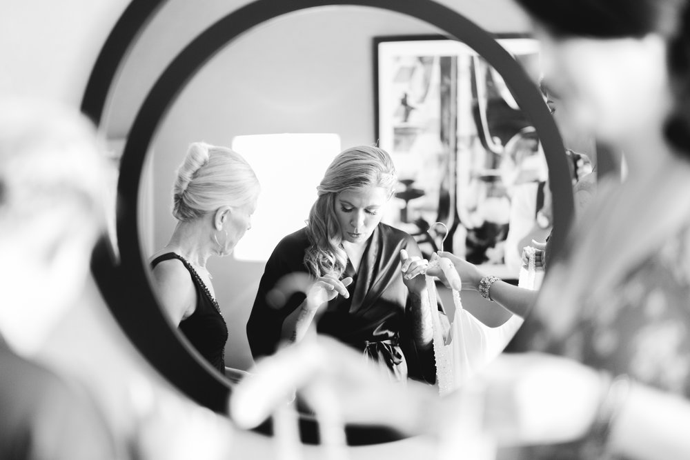 2018_MAXX KRISTEN WEDDING_PREP-9.jpg