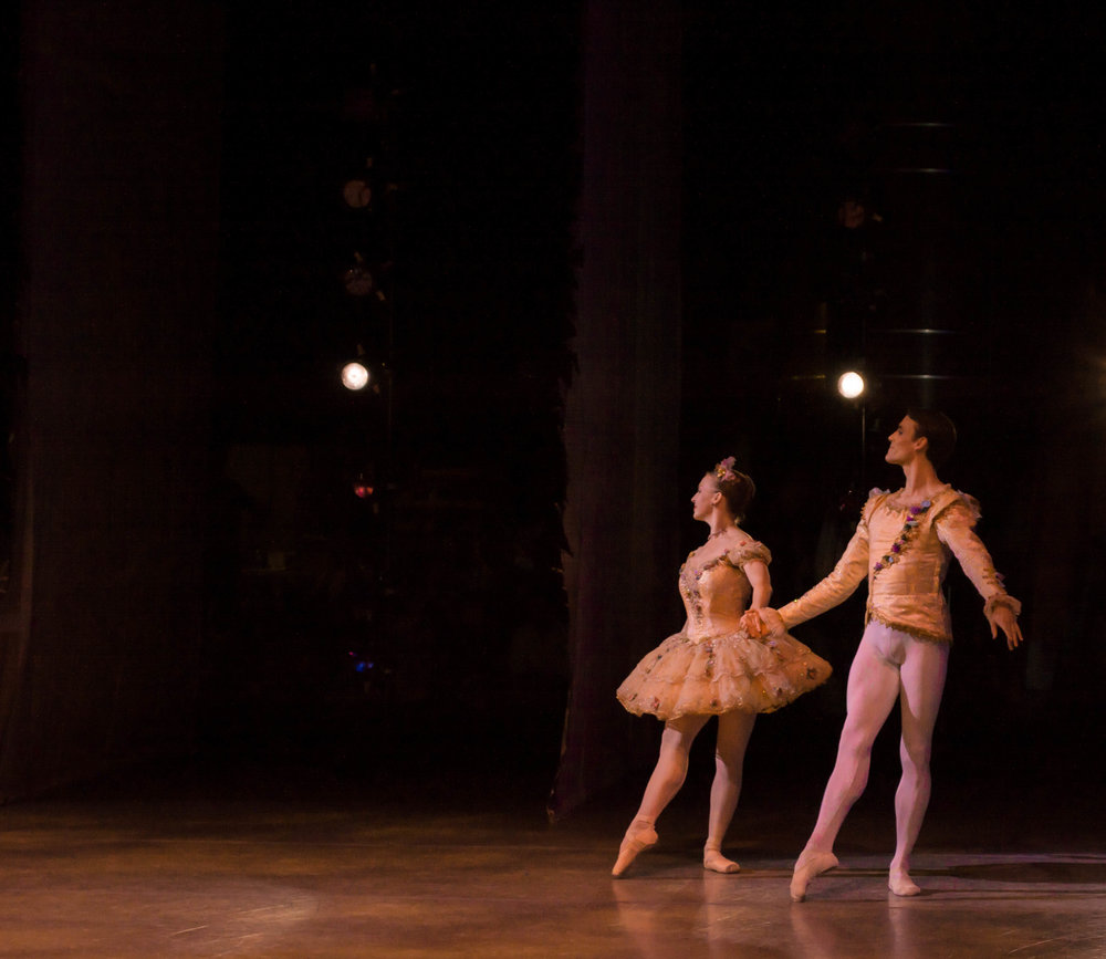 The Sugar Plum and the Cavalier at the start of the Grand Pas of the Nutcracker