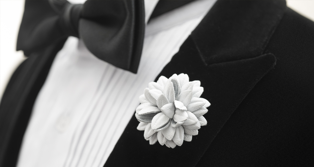 #FleurdPins-White-Leather-Dahlia-Banner-FleurdPins-photo-by-Andrew-Werner.jpg