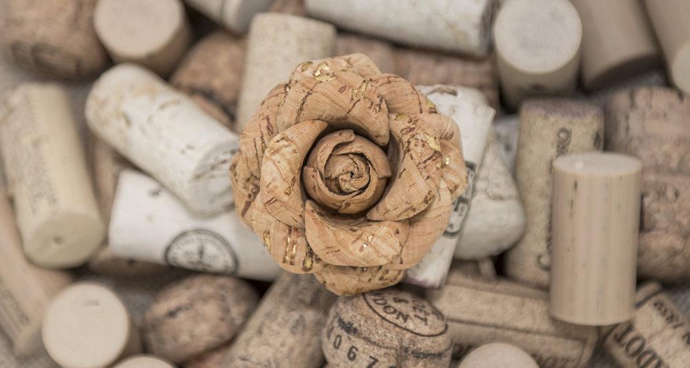 #FleurdPins-Cork&Gold-Banner-FleurdPins-photo-by-Andrew-Werner.jpg