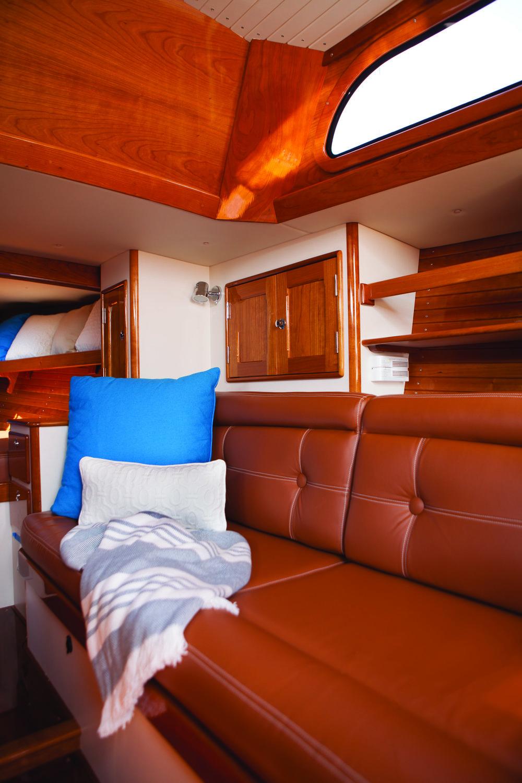 ©Heidi Kirn Morris Yachts 60819.jpg