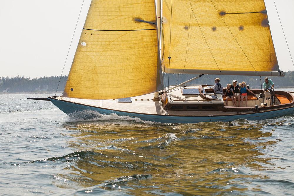 ©Heidi Kirn Morris Yachts 61118.jpg