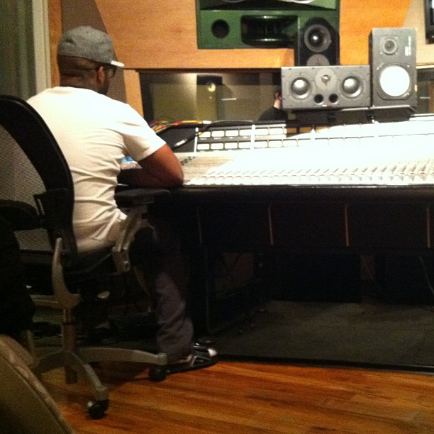 Royce Da 5'9 brainstorming in the studio #Slaughterhouse #nyc #music