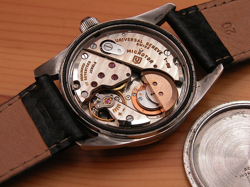 Movement Of Universal Geneve's Polerouter