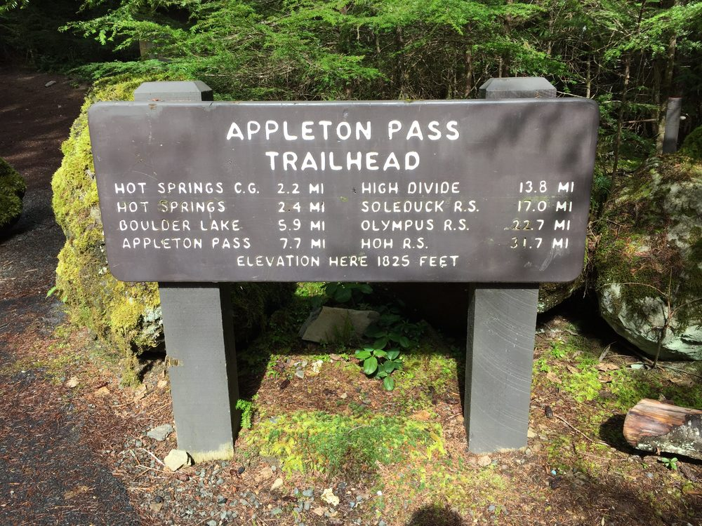 Trailhead Sign.jpg