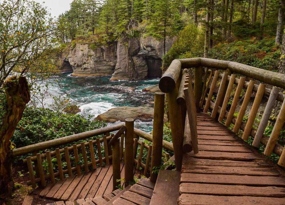 Incredible lookouts of coastal coves