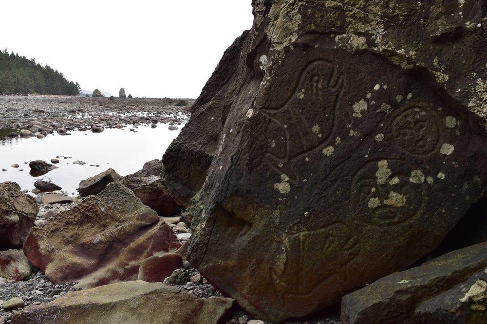 4a - lake ozette petroglyphs.jpg