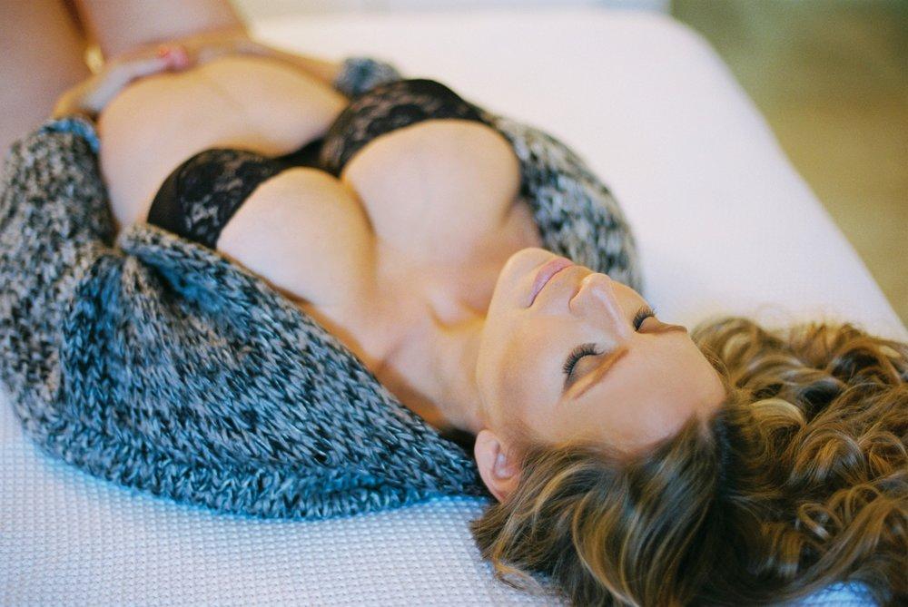 Tel Aviv maternity boudoir-1