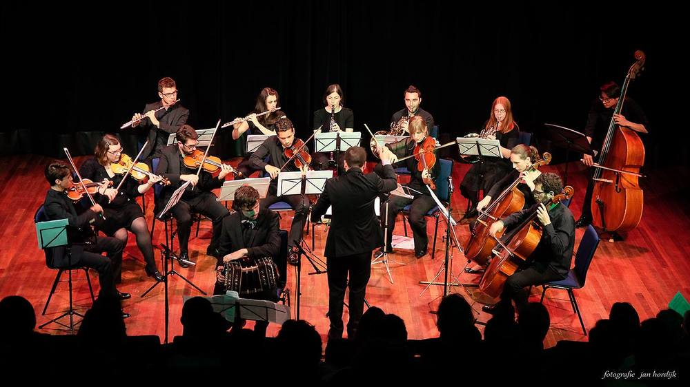 "Camerata Rotterdam. Tijdens het concert bij ""Erasmus Paviljoen"" (Rotterdam) 7 oktober 2015"