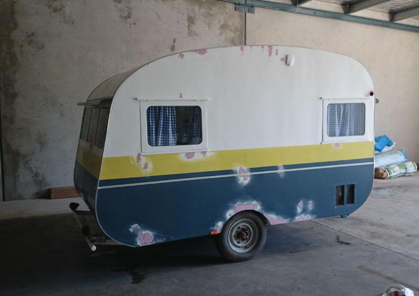 caravan-2.jpg