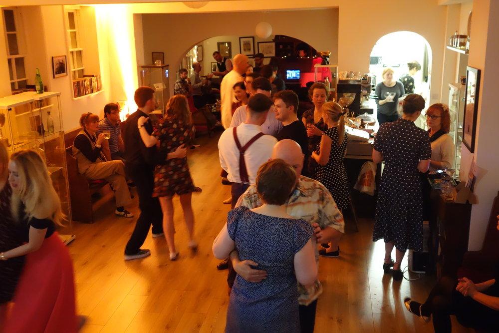 Social dancing plus taster classes - Solo Jazz, Blues, Balboa, Lindy Hop, Charleston