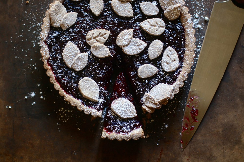 cranberry taret with a cocoa crust.jpeg