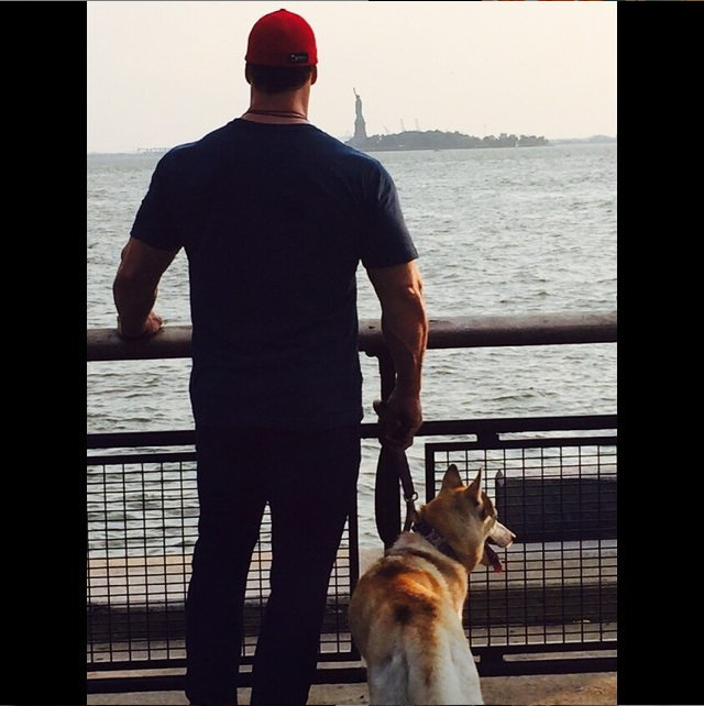 That familiar shadow in the distance is the Statue of Liberty! Photo Credit: IG @MikeoHearn