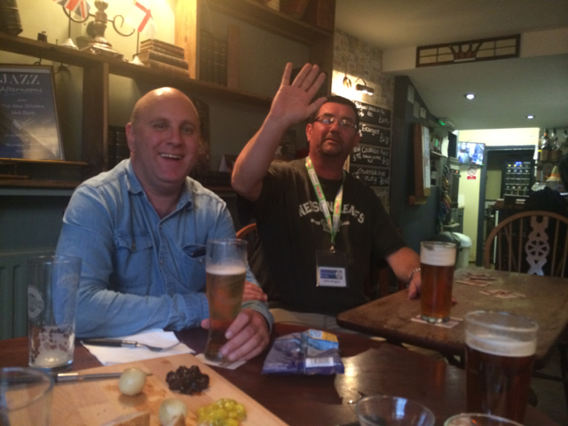 Carl Downing (the man you need for birding in Colombia and John Hague aka Drunk Birder at my first international Birds and Beers.