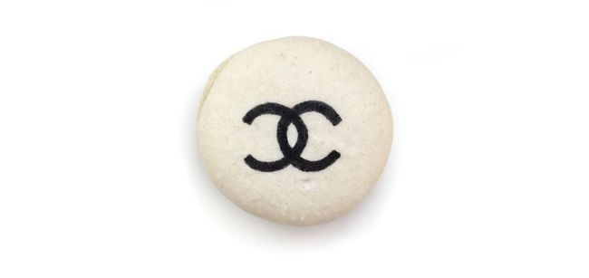 ThenComesColor_ChanelMacarons_InterlockingCs_macaron1.png