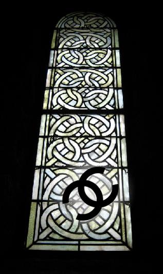 ThenComesColor_ChanelMacarons_logo_window2.png