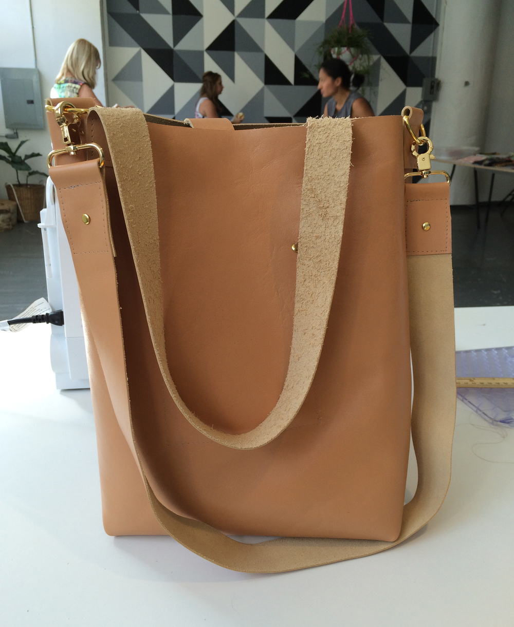 MakingLovely_BrooklynCraftCompany_LeatherTote_complete.jpg