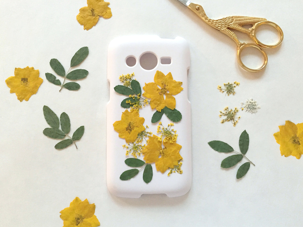 Thencomescolor diy pressedflower phonecase 2