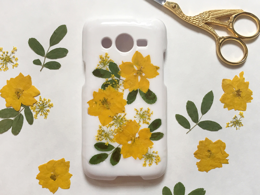 Thencomescolor diy pressedflower phonecase complete1