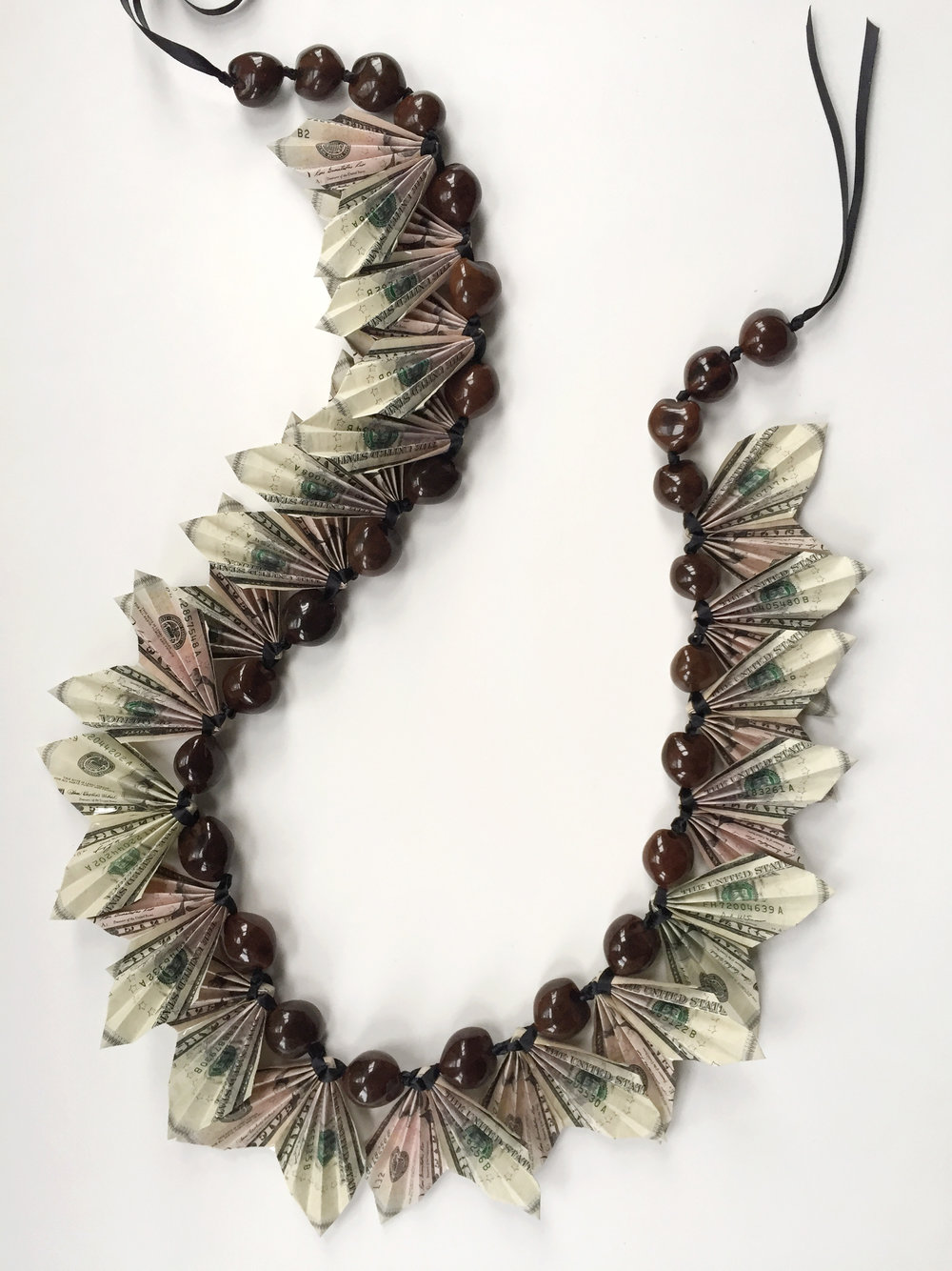 ThenComesColor_DIY_Money_Lei_Complete2.jpg