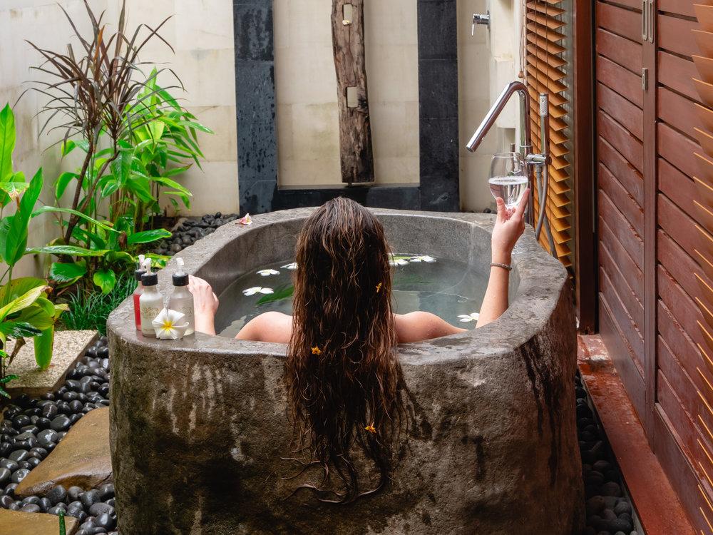 Bath Tub-8.jpg