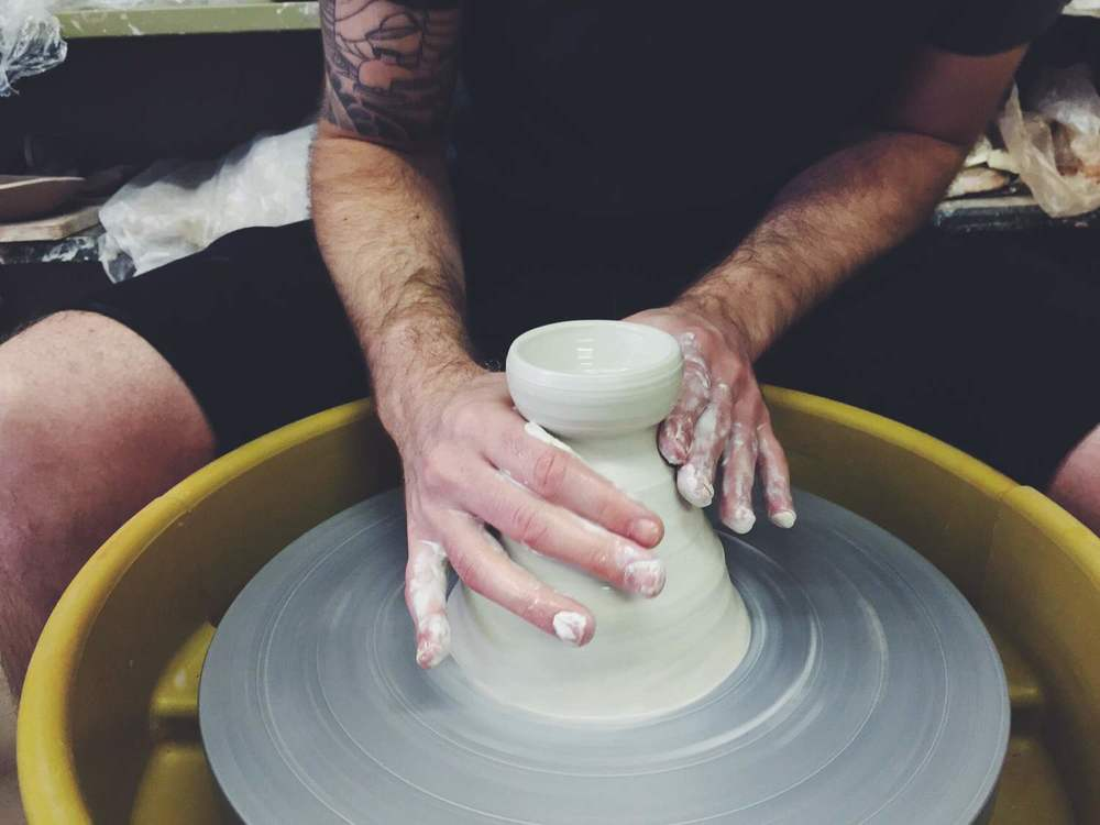 pottery technique throwing off the hump