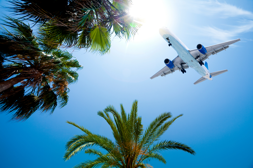 25-iStock_000016937176Small-arrival-on-tropical-summer-vacation.jpg