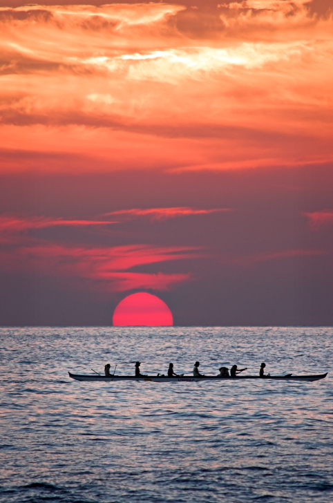 40-134113042-Sunset-Canoe.jpg