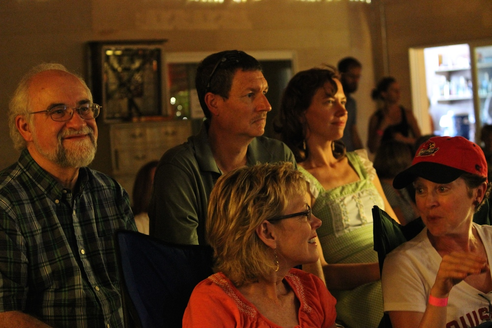 Onlookers enjoy Appalatin