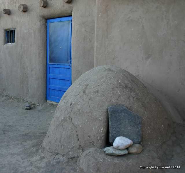 Taos oven2.jpg