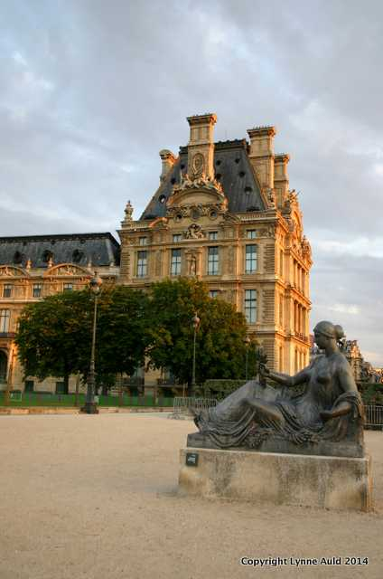 Twilight, the Louvre