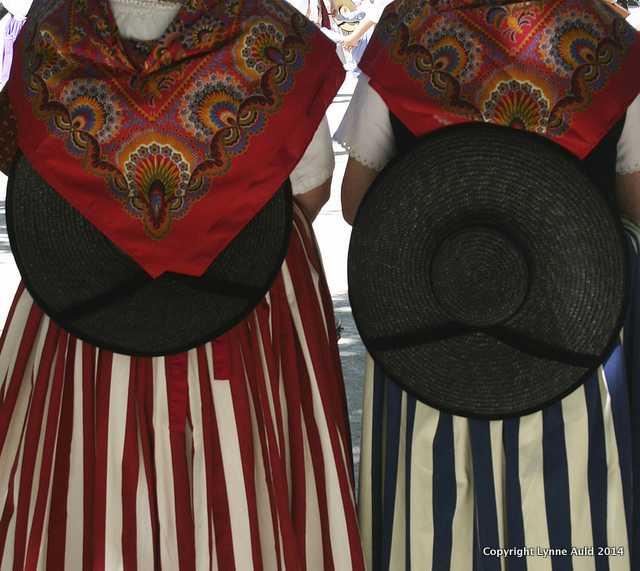 Provencal dress, Vence