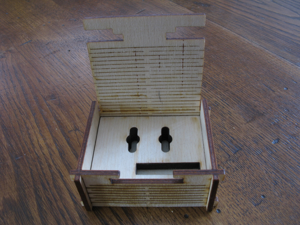Wooden Live Hinge Box