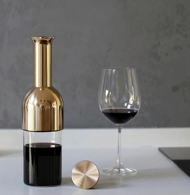 Two of our favourite things - copper and wine - combine!  Tom Cotton  has designed the most elegant wine decanter that will keep a good drop really good for up to 12 days . . . if you have more restraint than us to keep it for that long, that is!