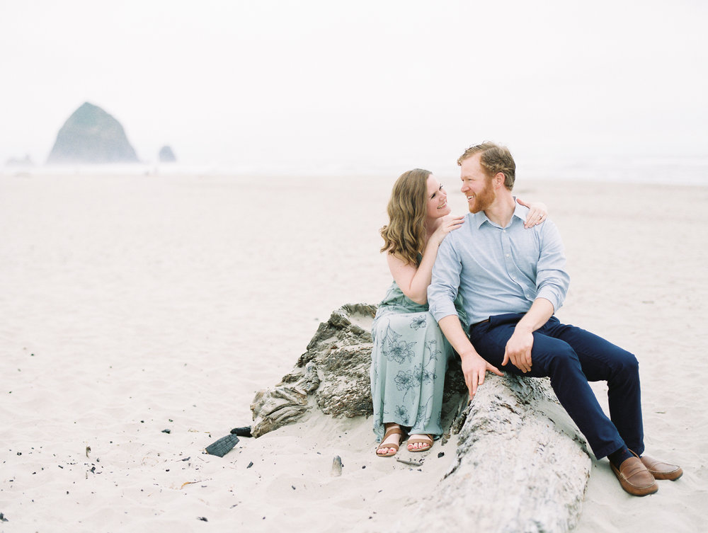 julie-james-engagement-cannon-beach-32.jpg